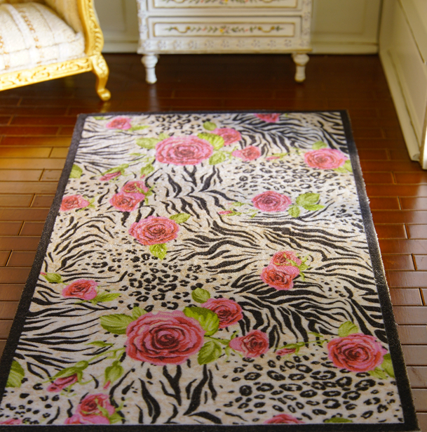 White Red Roses Beautiful Miniature Rug