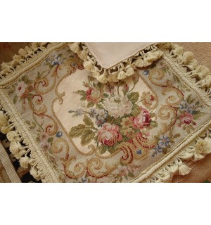 "14"" Chic Shabby Beige Floral Handmade Decorative Needlepoint Pillow Cushion"